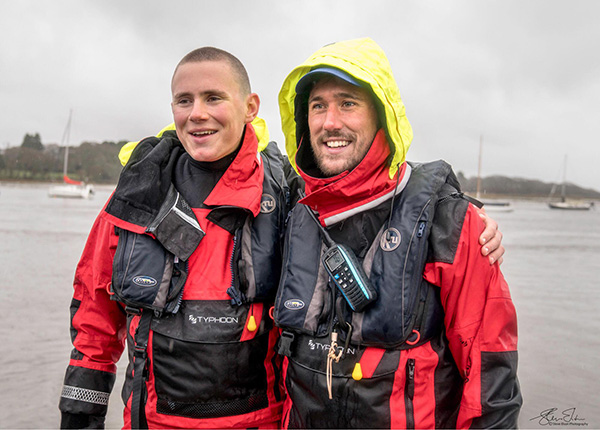 Ocean Brothers at the finish, wearing the Typhoon PS330 and Kru Lifejackets
