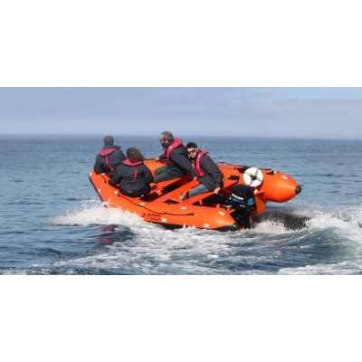 SV-420 SOLAS inflatable rib in action